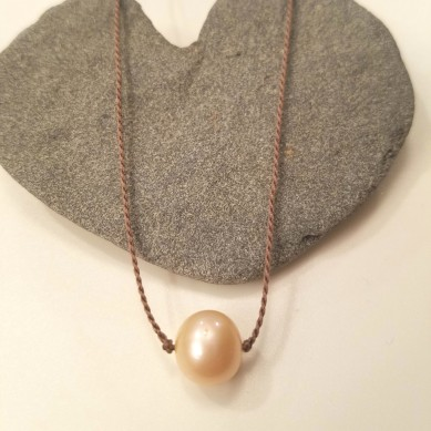 Single Silk Cream Pearl necklace